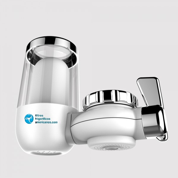 Filtro de água universal da torneira. Tecnologia KDF. Transparente